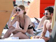 Mischa Barton : superbe et rayonnante en bikini auprès d'un ravissant inconnu