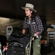 John Mayer : Fini le tombeur d'Hollywood, le chanteur est méconnaissable