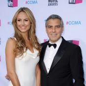 George Clooney et Stacy Keibler : Le couple glamour célèbre la victoire