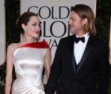 Golden Globes : Angelina Jolie et Brad Pitt, unis, applaudissent George Clooney
