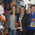 Superbes, Stéphanie de Monaco et sa fille Pauline Ducruet sont arrivées main dans la main au chapiteau  Fontvieille, dimanche 22 janvier 2012, pour la  quatrième soirée de spectacle du 36e Festival international du cirque de  Monte-Carlo.