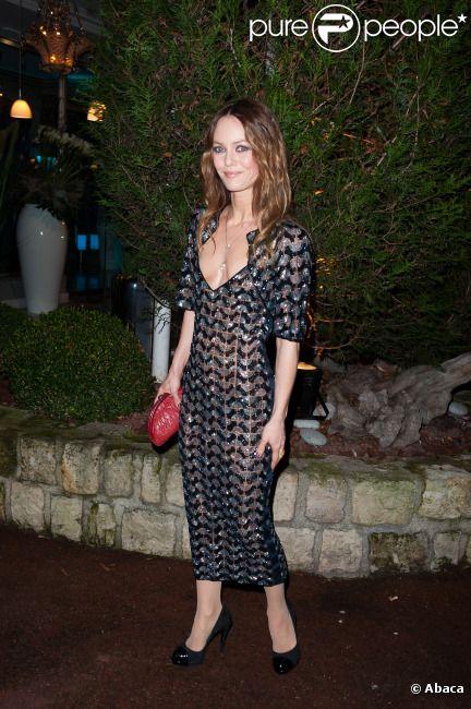 Vanessa Paradis au Dîner de la mode pour le Sida au Pavillon d'Armenonville à Paris, le 26 janvier 2012.