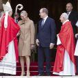 Le prince Albert et la princesse Charlene de Monaco assistaient dans la matinée du 27 janvier 2012 à la messe pontificale donnée par Mgr Bernard Barsi en l'honneur de Sainte Dévote, en la cathédrale Saint-Nicolas.
