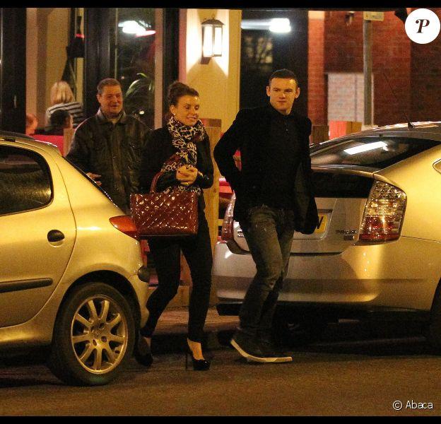 Wayne Rooney et sa femme Coleen on eu la permission de 21h le 11 janvier 2012 à Manchester
