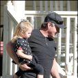 Le père de Jamie Lynn Spears, Jamie Spears, et sa petite fille Maddie Briann, lors des vacances de Thanksgiving, en Louisiane.