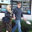 Jessica Simpson et Eric Johnson se rendent dans une station service à Santa Barbara, le samedi 28 janvier 2012.