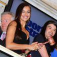 Irina Shayk et quatre de ses copines ont mis fin à la séance du NYSE. New York, le 14 février 2012.