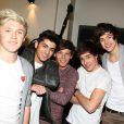 Les One Direction débarquent à Paris, le 14 février 2012.