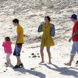 Justin Bieber et Selena Gomez, sur une plage de Malibu, le vendredi 17 février 2012.