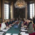 Le roi Carl XVI Gustaf de Suède a révélé les prénoms et la titulature de la princesse Estelle devant le conseil des ministres vendredi 24 février 2012.