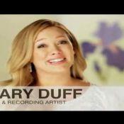 Hilary Duff, enceinte, dévoile de gros soucis de pilosité !