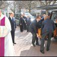 Olivier Rey, décédé le 19 mars 2012 à 56 ans, a reçu l'hommage de ses proches et de personnalités du monde du sport et des médias lors de ses funérailles,  célébrées le 24 mars en l'église Saint-Justin de Levallois-Perret  (Hauts-de-Seine).