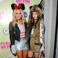 Ashley Tisdale et Samantha Droke lors du thé d'anniversaire de Perez Hilton à Los Angeles le 24 mars 2012