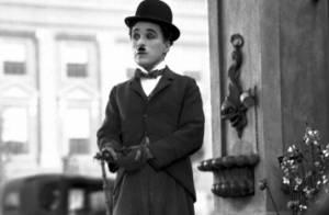Charlie Chaplin : Sa canne et son chapeau melon, adjugés vendus