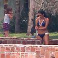 Les soeurs Kardashian, photographiées au bord de la plage de La Romana, en République dominicaine, le mercredi 21 mars.