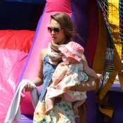 Jessica Alba et Gwen Stefani: Mamans lookées pour un dimanche de fête en famille