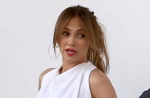 Jennifer Lopez : Glamour et élégante, elle ose un look plus classique