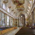 Photo de la chapelle royale du palais Drotnningholm, à Stockholm.   A un mois du baptême (le 22 mai 2012) de la princesse Estelle de Suède, la Maison royale a dévoilé le 20 avril 2012 de nouveaux portraits du bébé de la princesse Victoria et du prince Daniel, ainsi que des détails sur l'événement.