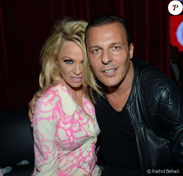 Pamela Anderson et Jean-Roch au VIP ROOM le 21 avril 2012 à Paris