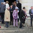 Les obsèques d'Emmanuelle de Dampierre, duchesse douairière de Ségovie et d'Anjou, morte le 3 mai 2012 à Rome, ont eu lieu le 11 mai à Paris en l'église Notre-Dame du Val-de-Grâce, rassemblant autour de son petit-fils le prince Louis de Bourbon la famille légitimiste et la Maison de France. La défunte a ensuite été inhumée au caveau familial Dampierre du cimetière parisien de Passy, en petit comité.