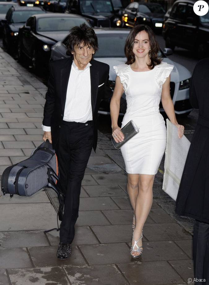 claridge dating Only this time, he cheekily threw in an additional offer to buy the fabled ritz hotel  from the twins to date, he said, he has received no response.
