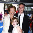 Emma Thompson, son époux et leur fille Gaia à l'avant-première du film  Men in Black III , à Londres le 16 mai 2012.