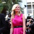 Kirsten Dunst lors de la montée des marches de  Sur la route , au Festival de Cannes le 23 mai 2012.