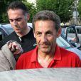 Nicolas Sarkozy de retour à Paris ne perd pas une seconde et enfile ses baskets, le 2 juin 2012.