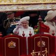 Le prince Philip, duc d'Edimbourg, a dû être hospitalisé lundi 4 juin 2012 au beau milieu des célébrations du jubilé de diamant de son épouse la reine Elizabeth II, en raison d'une infection à la vessie. Admis par mesure de précaution et pour plusieurs jours, il manquera, très déçu, la suite et la fin des festivités.