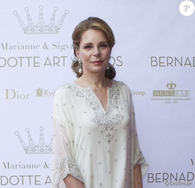 La reine Noor de Jordanie, lors de la soirée de remise des prix d'art Marianne and Sigvard Bernadotte Art Awards sous le parrainage du prince Carl Philip de Suède et de la comtesse Marianne de Wisborg, le 7 juin 2012 au Grand Hôtel de Stockholm.
