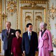 La rene Margrethe II de Danemark et le prince consort Henrik au palais Amalienborg le 15 juin 2012 avec le président de la République populaire de Chine Hu Jintao et son épouse Liu Yongqing.