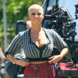 Radieuse Amber Rose sur le tournage de School Dance, de Nick Cannon, à Norwalk, le 18 juin 2012