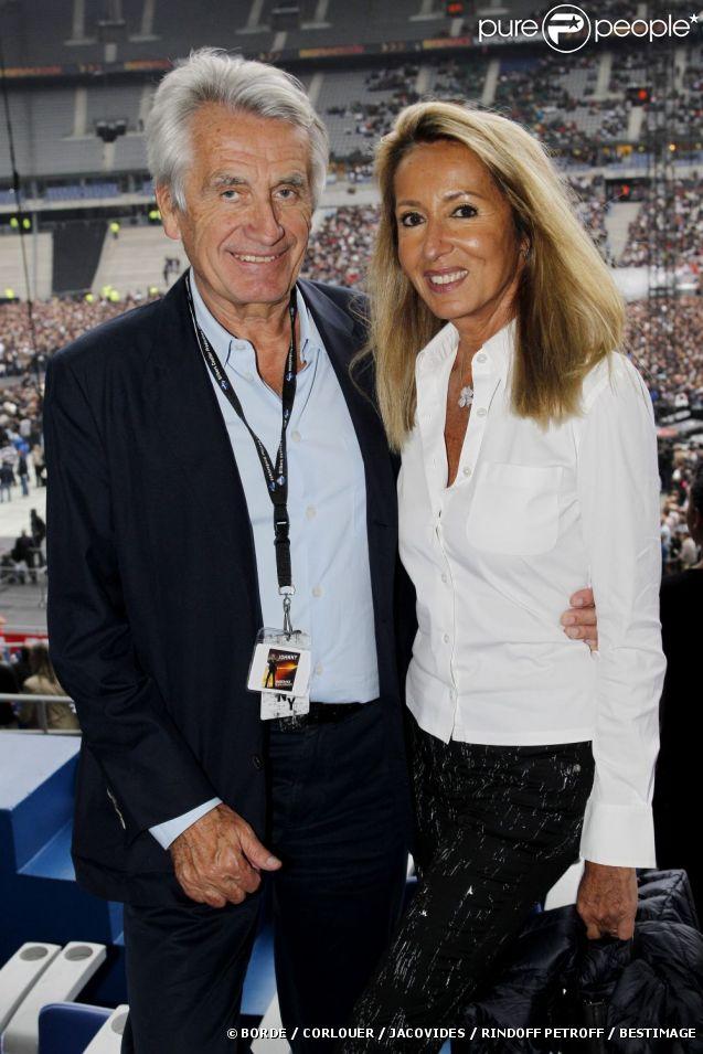 EXCLU : Nicole et Gilbert Coullier au Stade de France pour les concerts de Johnny Hallyday, juin 2012.
