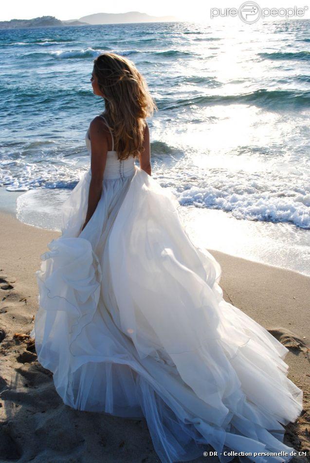 Clara Morgane le 23 juin en Corse lors de son mariage