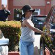 Jada Pinkett Smith et sa fille Willow font du shopping à Santa Monica. Le 6 juillet 2012.