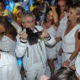 Claude Lelouch à la Soirée blanche organisée par le chef Christophe Leroy, aux Moulins de Ramatuelle, le dimanche 8 juillet 2012.