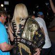 Lady Gaga sort d'un restaurant de Beverly Hills, le 10 juillet 2012.