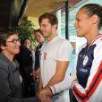 Laure Manaudou et la ministre des Sports Valérie Fourneyron le 18 juillet 2012 à Dunkerque