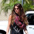 Selena Gomez et ses parents démarrent la journée tranquillement avec un petit-déjeuner chez Panera Bread dans le quartier d'Encino. Los Angeles, le 24 juillet 2012.