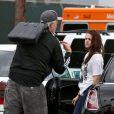 Kristen Stewart s'énerve contre son coach sportif le 18 juillet 2012, quelques jours après avoir eu une aventure avec le réalisateur Rupert Sanders à Los Angeles