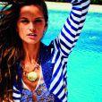 Isabel Goulart nous fait rêver pour Agua Bendita