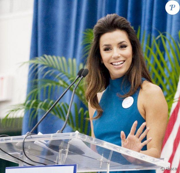 Eva Longoria préside le Summit for Women Vote 2012, à Miami le 4 août 2012