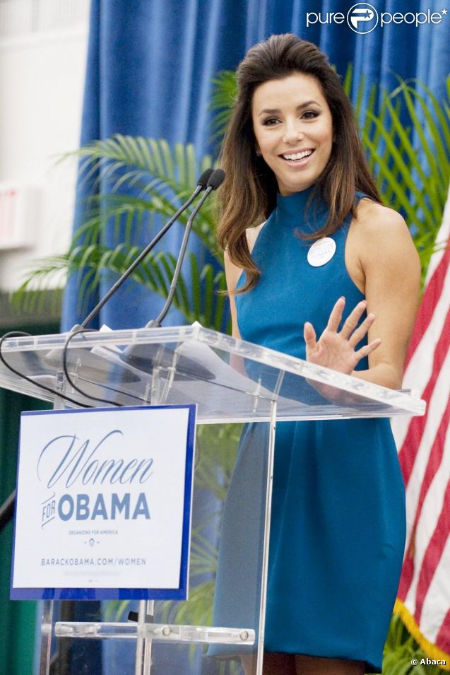 Eva Longoria préside le Summit for Women Vote 2012, à Miami le 4 août 2012