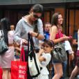 Durant les vacances, Katie Holmes a emmené sa fille Suri Cruise au Museum of Modern Art à New York le 6 août 2012