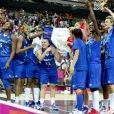 Moment historique pour le basket français, le 9 août 2012 aux JO de Londres : les Bleues de Pierre Vincent, sous la houlette de Céline Dumerc, surclassent la Russie (81-64) et se qualifient pour leur première finale olympique.