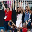 Kate Middleton le 10 août 2012 devant la petite finale de hockey : la duchesse de Cambridge a explosé de joie pour la médaille de bronze décrochée par les hockeyeuses britanniques face à la Nouvelle-Zélande.
