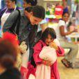 Katie Holmes et sa fille Suri font du shopping dans les rues de New York, le 20 août 2012