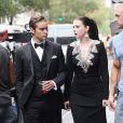 Chace Crawford et Michelle Tratchenberg se saluent avant de tourner une scène de Gossip Girl à New York le 21 août 2012