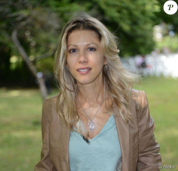 Tristane Banon durant la 17e édition de la Forêt des livres à Chanceaux-Près-Loche le 26 août 2012