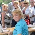 Brigitte Lahaie durant la 17e édition de la Forêt des livres à Chanceaux-Près-Loche le 26 août 2012